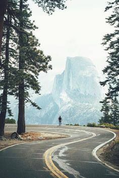 http://stellaresque42.tumblr.com/post/151052440984/banshy-yosemite-national-park-lennart-pagel