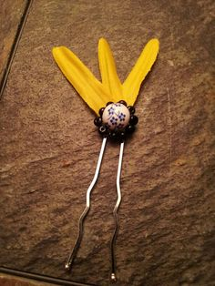 Sunflower Beaded Hair Pin by coriesutton on Etsy, $4.00