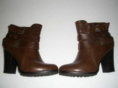 ANKLE BOOTS DARK BROWN size 8