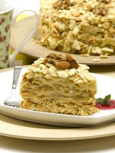 Torta rústica de hojarasca con manjar casero