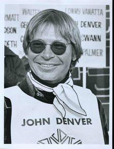 John Denver - skiing