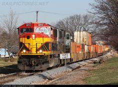kansas city southern railroad | RailPictures.Net Photo: KCS 3913 Kansas City Southern Railway EMD ...