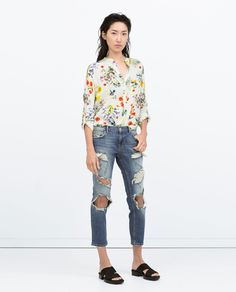 Image 1 of MANDARIN COLLAR PRINTED TOP WITH UNEVEN HEM from Zara