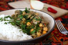 Creamy mushroom and chickpea curry (vegan) - Amuse Your Bouche