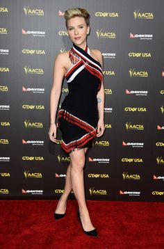 WOOOOW she looks beautiful! Scarlett Johansson - 2015 G'Day USA Gala Featuring The AACTA International Awards Presented By QANTAS - Arrivals
