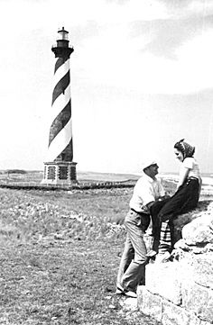 Hatteras Lighthouse, Photo: State Archives of NC North Carolina Lighthouses, North Carolina Homes, Cape Hatteras Lighthouse, Outer Banks Nc, Lighthouse Photos, Lighthouse Keeper, Hatteras Island, Mountain Landscape, Surfing