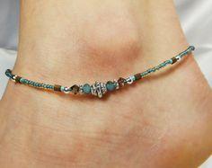 Ankle Jewelry, Ankle Bracelets, Boho Jewelry, Beaded Jewelry, Beaded Bracelets, Jewelry Ideas, Jewelery, Jewelry Design, Beach Anklets