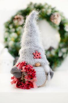 Christmas Gnome, Xmas, Christmas Ornaments, Scandinavian Gnomes, Etsy Seller, Valentines, Etsy Shop, Create, Holiday Decor