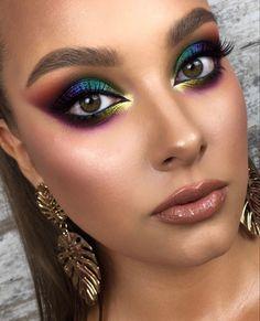 Creative Eye Makeup, Eye Makeup Art, Smokey Eye Makeup, Skin Makeup, Eyeshadow Makeup, Beauty Makeup, Glamorous Makeup, Gorgeous Makeup, Pretty Makeup