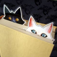 Ideas for handmade – Bookmarks for books with their hands pictures) Bookmarks For Books, Diy Bookmarks, Printable Bookmarks, Corner Bookmarks, Printables, Cat Crafts, Book Crafts, Paper Crafts, Crazy Cat Lady