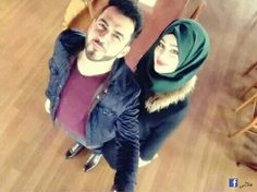 Find images and videos about love, arabic and hijab on We Heart It - the app to get lost in what you love. Cute Muslim Couples, Cute Couples Goals, Romantic Couples, Couple Goals, Cute Girl Poses, Cute Girls, Muslim Couple Photography, Hijab Style Tutorial, Cute Couple Cartoon