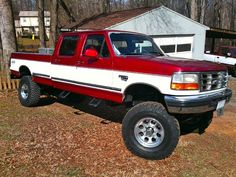 '97 F350 7.3 If I bought a truck, this would be the one...might paint it though.