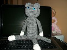 second cat in progress, I made him a year ago and STILL don't have his face on..he shall remain faceless  ha ha