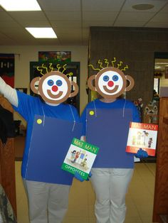 """From Ulla K. McClintock - """"Check out our Mat Man costumes at Halloween.we love you Mat Man"""" UO Real Solutions Nursery Rhymes Preschool, Fall Preschool Activities, Preschool Writing, Spring Activities, Preschool Crafts, Teacher Halloween Costumes, Halloween Themes, Halloween Fun, Mat Man"""