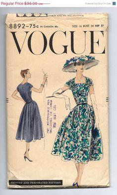 Vogue 8892, ca 1956