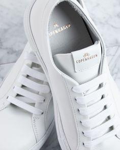 Sneaker addicted ???? Auch im Urlaub dürfen die Allrounder