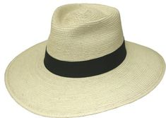 4' brim with Tear Drop crease. Front and back dip for the sun protection every  explorer needs. Guatemalan standard palm.