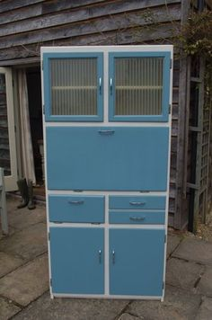 Retro Kitchen Larder Cabinet Cupboard - Iu0027m sure we had cupboards like this when I was a child ? & Vintage Retro 1960s Kitchen Larder Unit Cupboard By Remploy ...