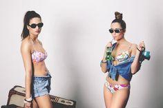 BY ME Bikinis. Dirección de Arte: +MEITS+ (www.meits.es) Fotografía: Javier F. Díaz (www.javierfdiaz.com) Modelos: Barbara Homs y Xènia Moreu Maquillaje y peluquería: Anna Puig (Coco Lecoquette)