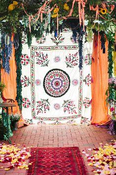 #backdrop  Photography: Millie Holloman Photography - millieholloman.com Ceremony Venue: Angus Barn Pavilion - angusbarn.com