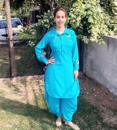 Designer Punjabi Suits, Indian Designer Wear, Kurta Designs Women, Blouse Designs, Suits For Women, Clothes For Women, Salwar Suits Party Wear, Boutique Suits, Lehenga Gown