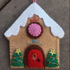 Gingerbread house ornament I made for a KK swap. Pattern by Gingermelon. Whimsical Christmas Trees, Felt Christmas Decorations, Felt Christmas Ornaments, Handmade Christmas Gifts, Christmas Crafts, Christmas Projects, Holiday Crafts, Felt Crafts, Easy Crafts