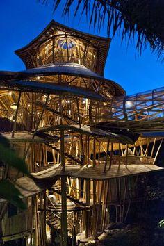 Increíble arquitectura sustentable, diseño de bambú de Elora Hardy