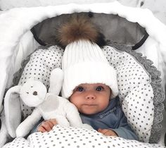 22 Unforgettable Baby Names Cute Little Baby, Lil Baby, Baby Kind, Little Babies, Baby Outfits, Future Mom, Foto Baby, Cute Baby Pictures, Baby Family