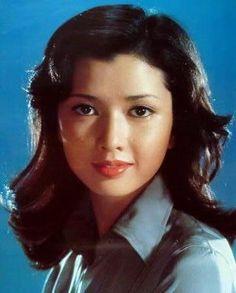 Takigawa Yumi (多岐川裕美) 1951-, Japanese Actress