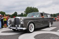1960 Bentley S2 Wendler Shooting Brake http://amzn.to/2rzce4i