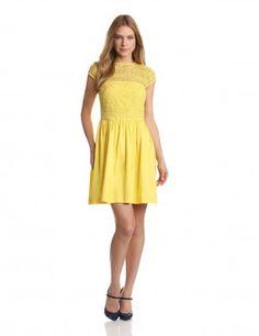 Vestido crochet amarillo, corto.