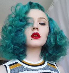 """crowcrow: """"pebblesbeauvoir: """"My prey brush out hair is like a cloud ☁ #hair #redlips """" Omg my poodle baby """""""