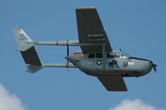 Cessna Skymaster / This push me, pull you plane was used by FACs and FOs in Vietnam
