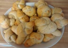 TL's Garlic Knots Recipe -  Yummy this dish is very delicous. Let's make TL's Garlic Knots in your home!