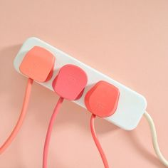 golly gosh :: apricot electrical plugs