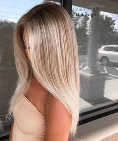 Best Of Blonde Balayage Sleek Straight Hairstyles Ideas For 2019 - . Best Of Blonde Balayage Sleek Straight Hairstyles Ideas For 2019 Soft, shiny, silky and well-groomed hair is our dream. Balayage Straight, Balayage On Straight Hair, Highlighted Blonde Hair, Blonde Hair Looks, Best Blonde Hair, Cute Blonde Hairstyles, Mens Straight Hairstyles, New Hairstyles, Super Blonde Hair