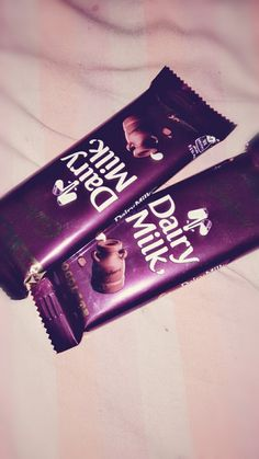 Dairy Milk Chocolate Images, Chocolate Pictures, I Love Chocolate, Chocolate Gifts, Cute Images For Dp, Pics For Dp, Chocolate Lovers Quotes, Cadbury Dairy Milk, Tumblr Food