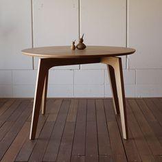 ファーブル 円形 ダイニングテーブル φ105cm