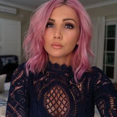 @ozbeautyexpert is so beautiful with #CottonCandyPink hair, it hurts.