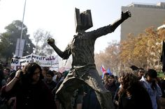 sculpture by Chilean students protesting against profiteering in the state education system