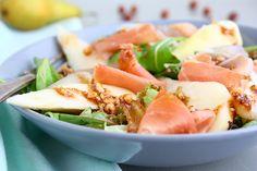Salade met peer, serranoham en hazelnootdressing I online diëtist Jonathan Klaassen A Food, Good Food, Food And Drink, Cobb Salad, Cantaloupe, Potato Salad, Low Carb, Fruit, Eat