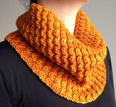 This cowl is easy and fast, once you memorize the twisted stitch set which is easy. One-skein worsted yarn project.