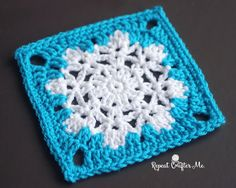 Crochet Snowflake Granny Square Pattern from Repeat Crafter Me Crochet Afghans, Crochet Squares Afghan, Crochet Motifs, Crochet Blanket Patterns, Free Crochet, Crochet Blankets, Crochet Snowflake Pattern, Crochet Snowflakes, Granny Square Crochet Pattern