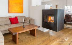 Moderner Durchsichtkamin. #Durchsichtkamin #Tunnelkamin #Raumteiler #Ofen #Kamin #fireplace #Ofenkunst #Riederinger Hafnerei