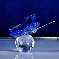 Geek | 1 Pc  Fashion Glass Crystal  Butterfly Figurines Crafts Art Collection Table Car Ornaments Souvenir Gifts (Color: Blue)