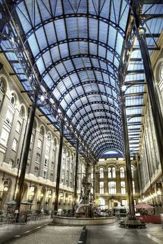 Hays Galleria in Southwark, London, UK