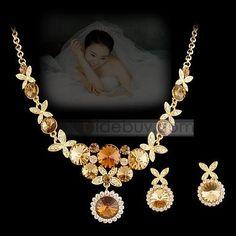 Glamorous Rhinestone Wedding Jewelry Set