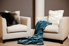 Trau dich, Farbe zu zeigen. Fotocredits: FINE Blanket, Bed, Home, Colors, Homes, Stream Bed, Ad Home, Blankets, Beds