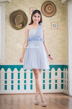 New Collection is available. Please visit http://goodfeelingdress.lnwshop.com/