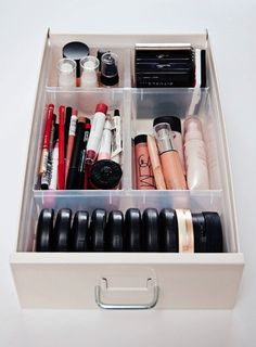 <b>Admit it: your makeup storage is kind of horrific.</b> Use these easy tricks to help your lipsticks find a proper home at last.